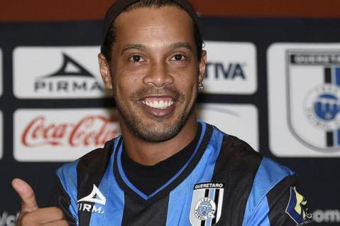 Ronaldinho on his presentation